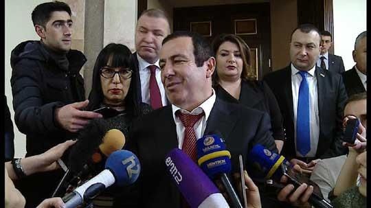 Ծառուկյան խմբակցությունն անցկացրել է նիստ՝ խմբակցության ղեկավար Գագիկ Ծառուկյանի գլխավորությամբ